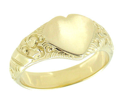 Victorian Heart Shape Scrolls and Flowers Heavy Signet Ring in 14K Yellow Gold For a Man - Item: R659 - Image: 2