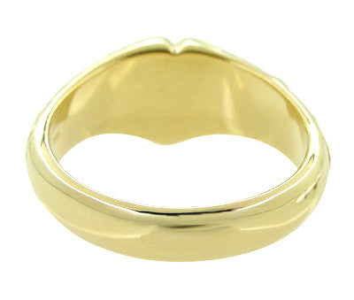 Victorian Heart Shape Scrolls and Flowers Heavy Signet Ring in 14K Yellow Gold For a Man - Item: R659 - Image: 3