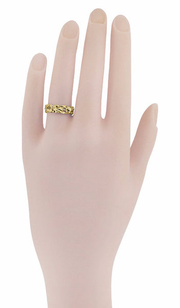 Retro 1960's Filigree Lilies Wedding Band in 14 Karat Yellow Gold - 6mm - Item: R684Y - Image: 2