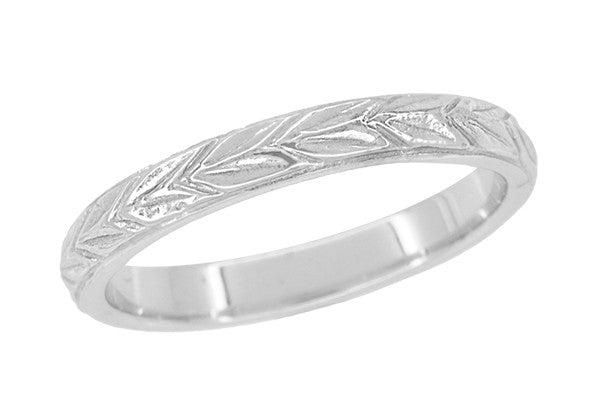 Art Deco Vintage Engraved Leaves Wedding Band in Platinum | Size 6
