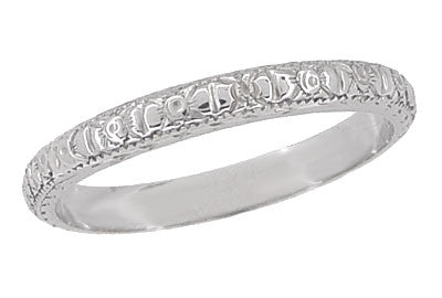 Edwardian Flowers and Bows Antique Wedding Ring in 18 Karat White Gold - Size 6 1/4