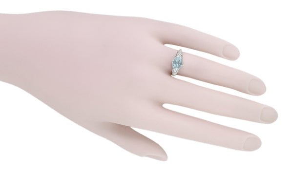 Edwardian Oval Aquamarine Filigree Engagement Ring in 14 Karat White Gold | Fleur de Lys - Item: R799A - Image: 5