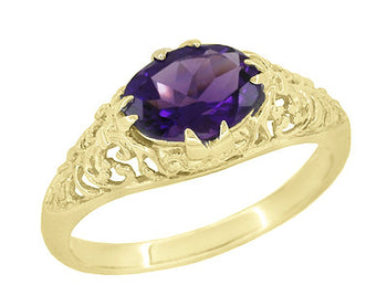 Edwardian Oval Amethyst Filigree Ring in 14 Karat Yellow Gold