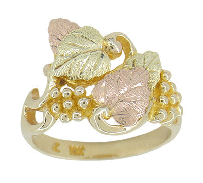 Black Hills Gold Leaves Ring in 10 Karat Green Pink and Yellow Gold