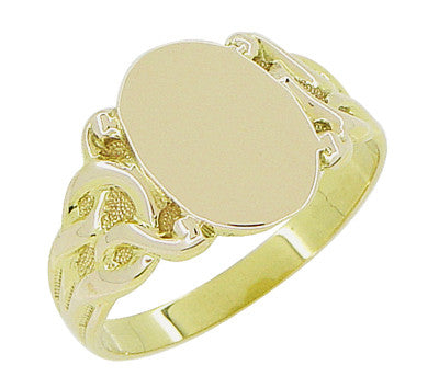 Art Nouveau Oval Signet Ring in 14 Karat Yellow Gold - Item: R878Y - Image: 2