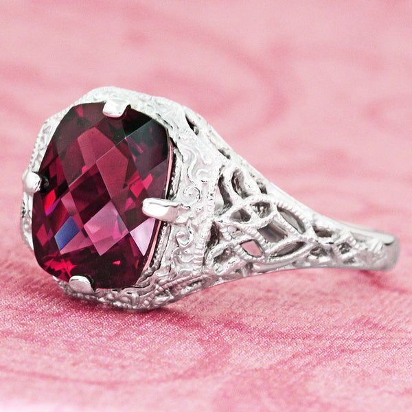 Art Deco Flowers and Leaves Rhodolite Garnet Filigree Ring in 14 Karat White Gold - Item: R289 - Image: 3