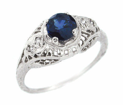 Art Deco 0.63 Carat Sapphire and Diamonds Filigree Dome Ring in 14 Karat White Gold