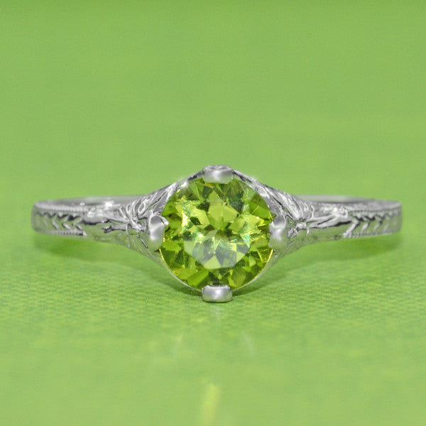 Art Deco Flowers & Wheat Engraved Peridot Promise Ring in Sterling Silver | Vintage Replica - Item: SSR356P - Image: 2