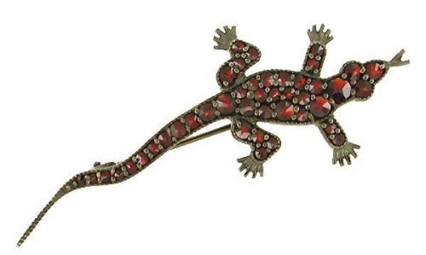 Victorian Bohemian Garnet Lizard Brooch in Antiqued Sterling Silver