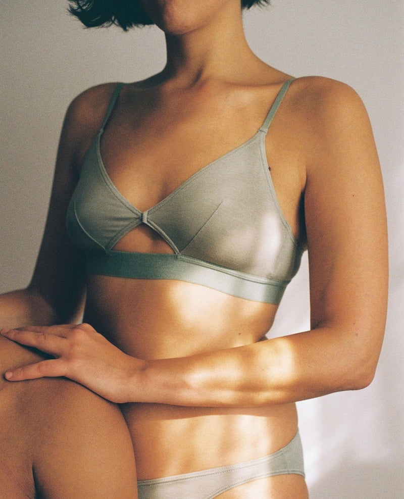 Cut Out Bra Organic Cotton - Wide Strap - Mint - M - Last One