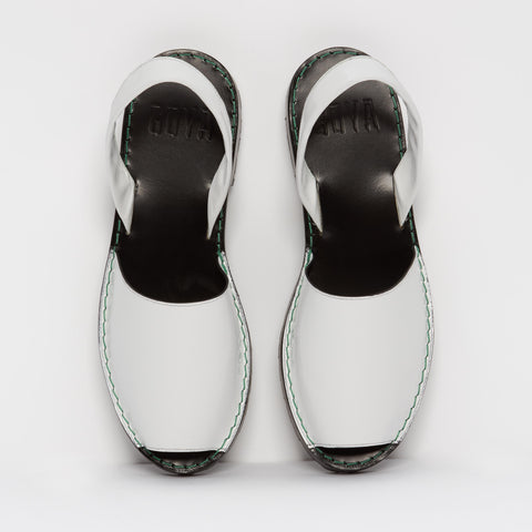 | OFFER | Alabaster Patent Leather Goya Slide