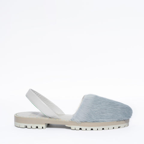 Cloud Blue Fur Goya Slide