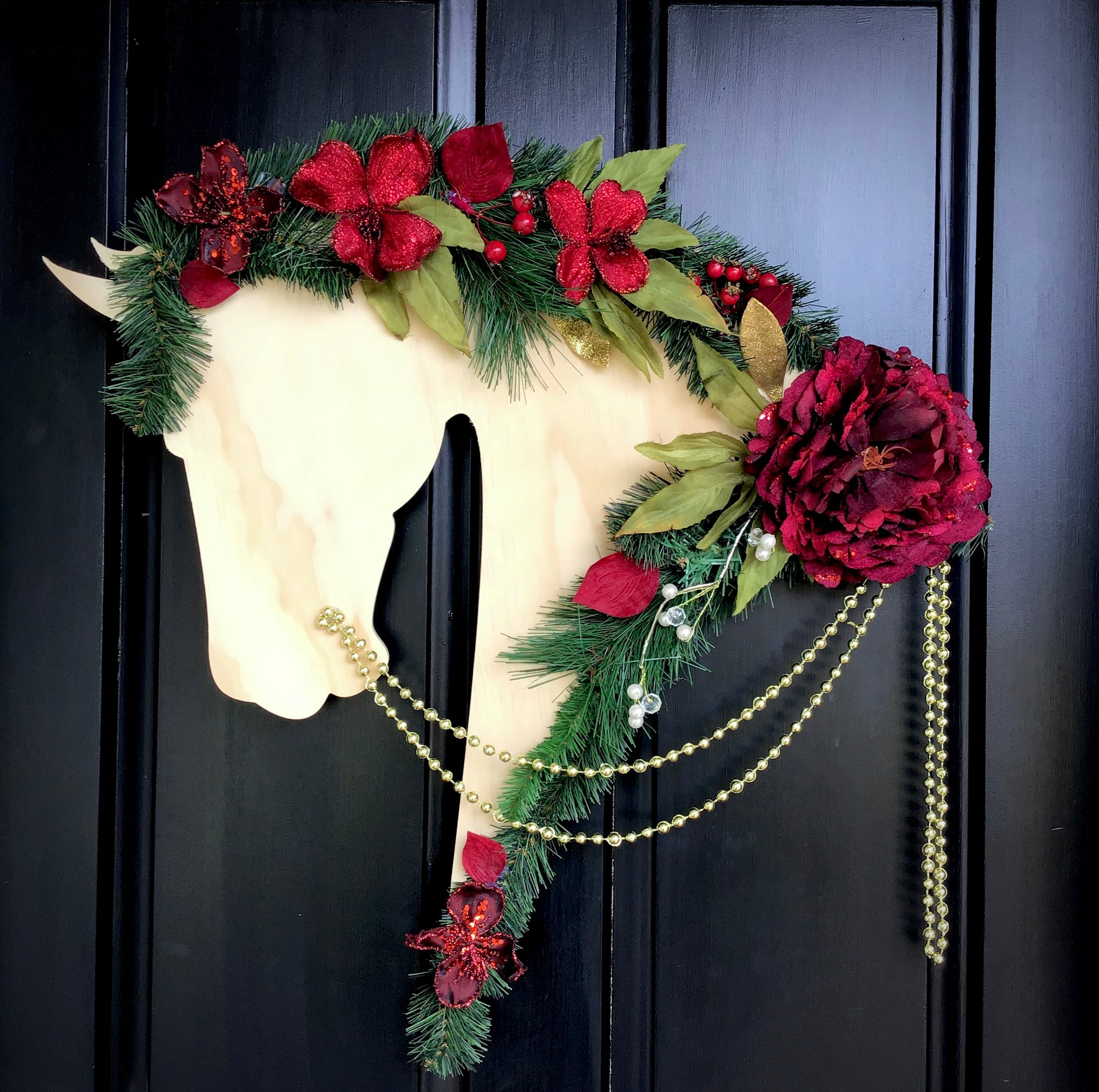 Horse Christmas Wreath: Berry - Horseshoe Mementoes