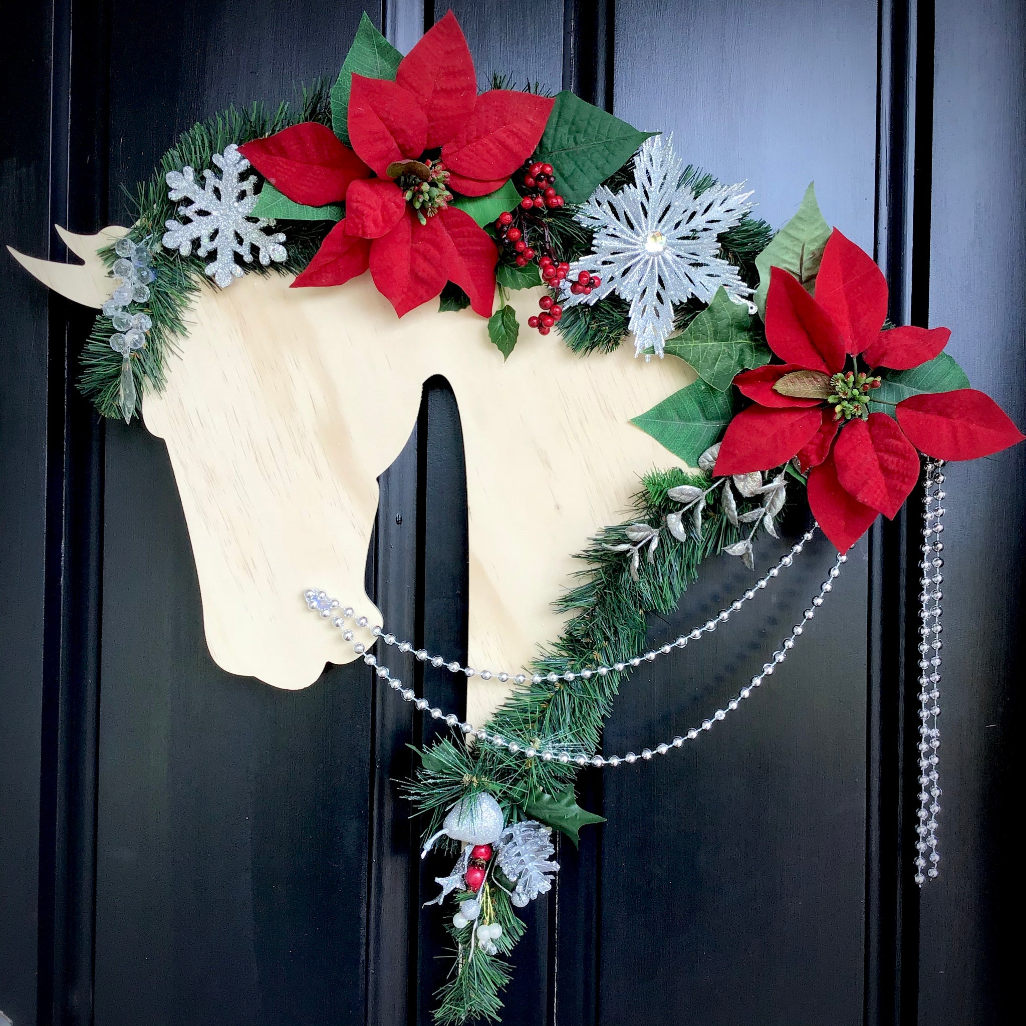 Horse Christmas Wreath: Scarlet - Horseshoe Mementoes