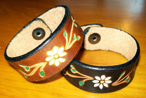 Daisy Flower Handmade Leather Bracelets | One Inch