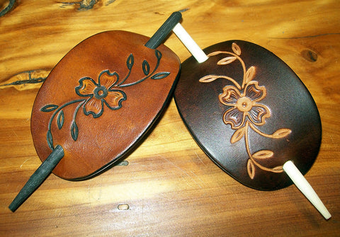 Dogwood Flower Retro Leather Barrettes | Medium
