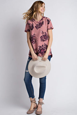 00969b0443f2  10195 mauve floral distressed short sleeve top with tears and underlining