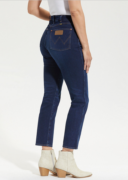 Iconic Jean in Dark Wash