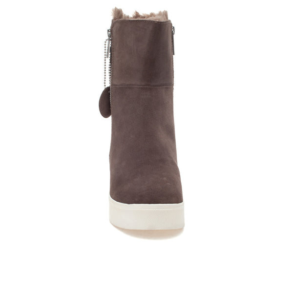 Waterproof bootie with faux fur lining