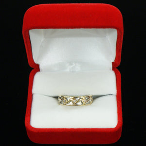 14k Diamond Irish Wedding Ring