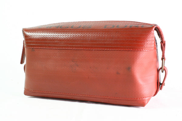 Elvis & Kresse Fire-hose Washbag