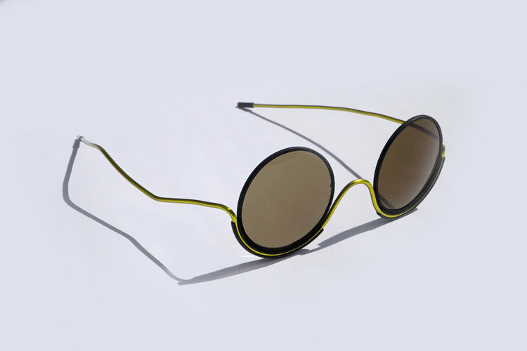 Wires Glasses Black 180° Brass