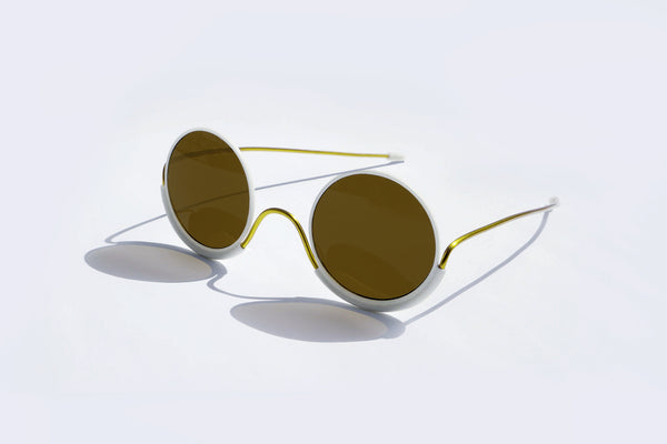 Wires Glasses White 180° Brass