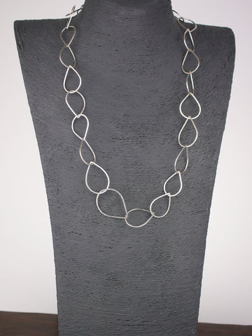 bold-statement-droplet-chain-silver-necklace