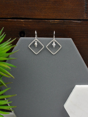 Square Diamond Drop Grey Pearl Dangly Earrings