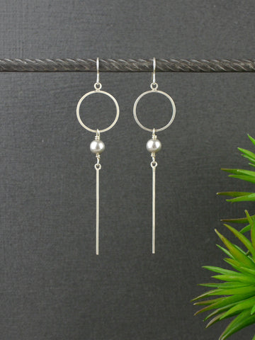 long-silver-bar-pearl-earrings