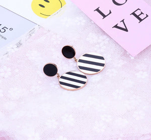 Stella Vogue in Black and White Striped Double Circle with Rose Gold Link Drop Earrings