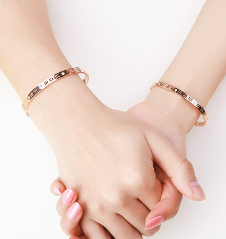 Chantal Roman Numeric Couple Bangle