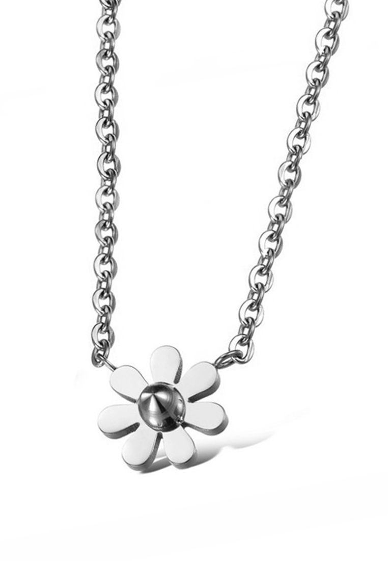 Daisy Dainty Flower Necklace