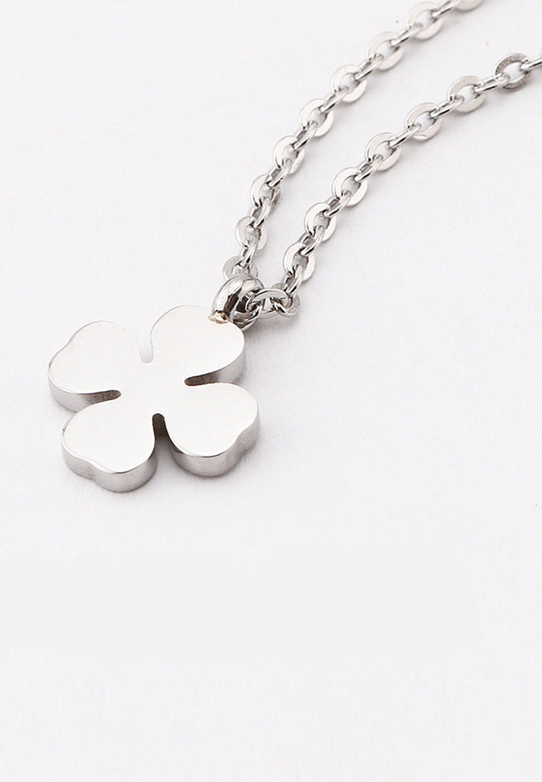Destiny Dainty Four Leaf Clover Necklace