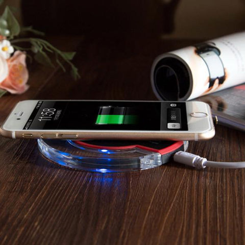Electronics - Fantasy Wireless Charger: A Must Have! - Compatible With IPhone And Android Devices