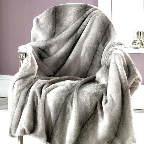 Ultra-Soft Luxurious Plush Reversing Sherpa Blankets