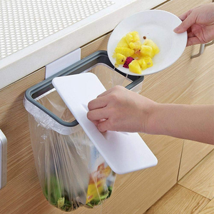 Buy 1 Get 1 Free: Eco-Friendly Clip-On Hanging Trash Bag Holder