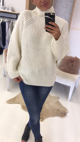 Wax Knitwear Ecru