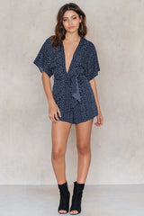 Deep Neck Dot Playsuit Blue Print NA-KD
