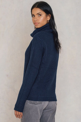 Tinelle Rollneck Knit Dark Navy