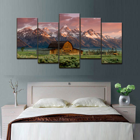 Barn in the Mountains Canvas Set