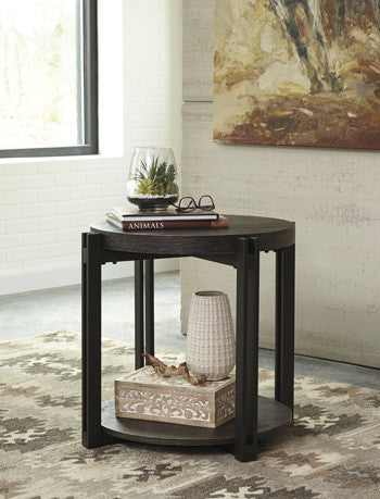 Winnieconi Round End Table