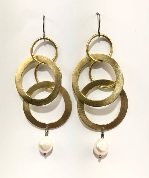 earrings hammered brass with natural pearls