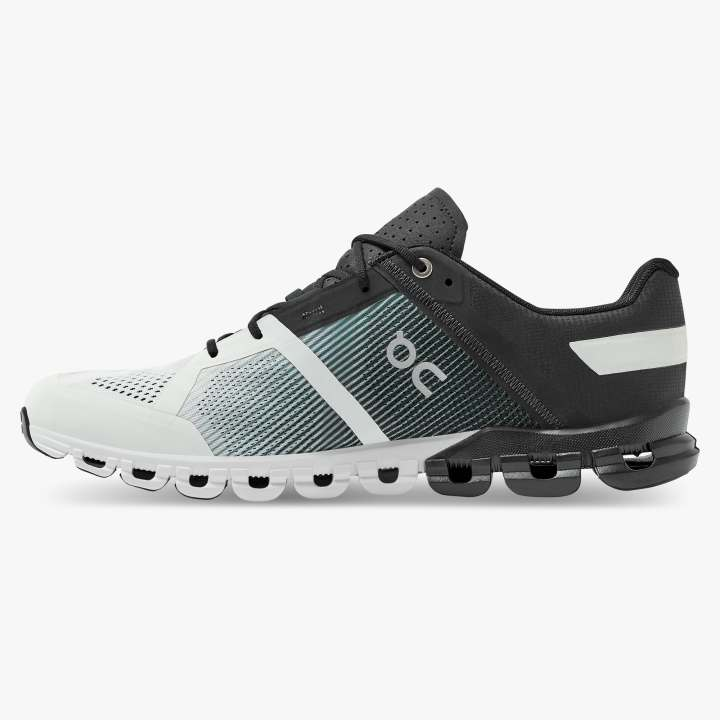 Cloudflow Black | White M