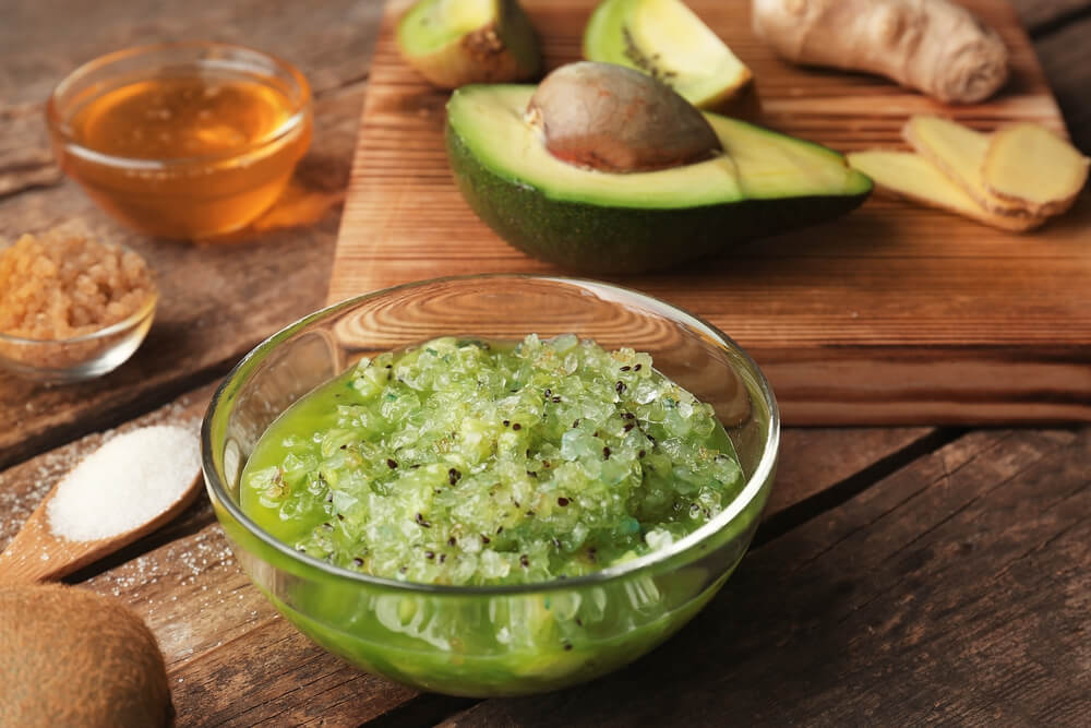 avocado & honey acne blasting face mask