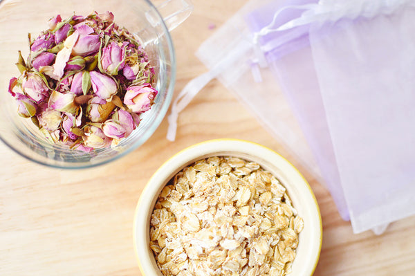 How to make DIY Oat Bath Bags