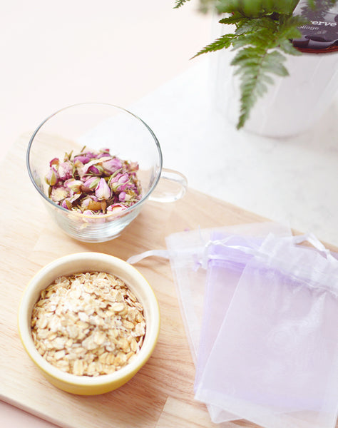 Oatmeal and Rose Pedal Tea Bag