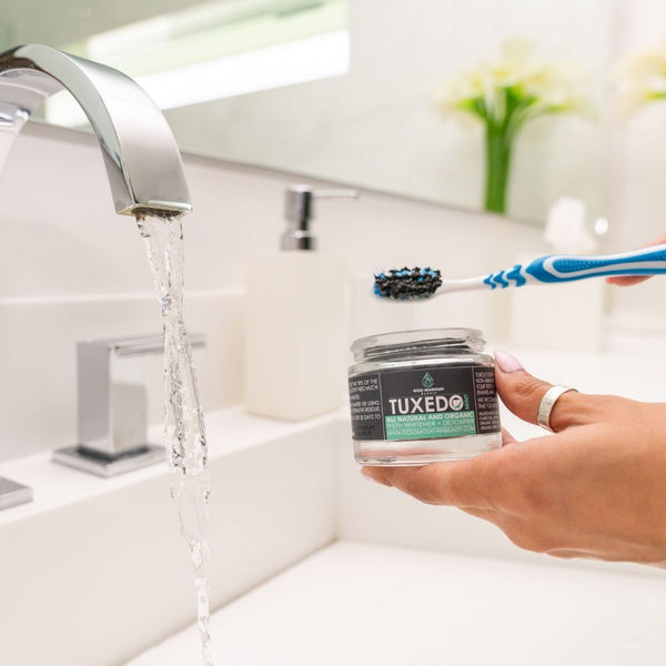 Charcoal Teeth Whitener: Activated Charcoal Powder + Detoxifier
