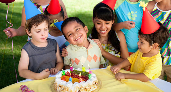 How Children Celebrate their Birthdays Around the World