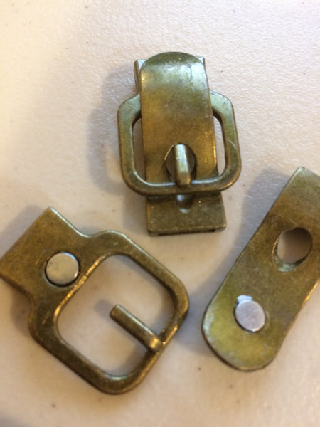 Metal Small Antique Brass tone magnetic buckle